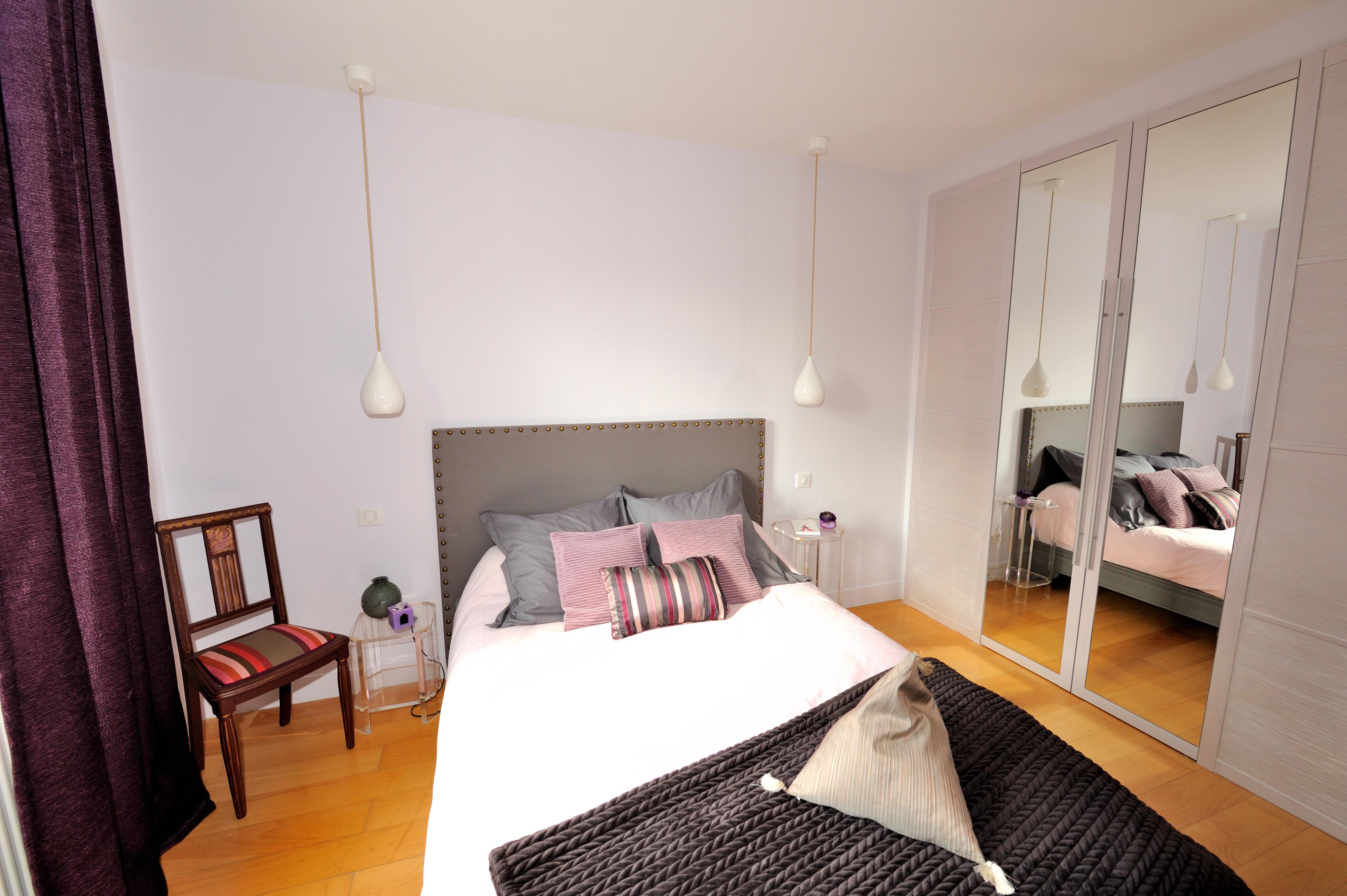 chambre romantique aux couleurs poudr es isabelle delage architecture et d coration int rieure. Black Bedroom Furniture Sets. Home Design Ideas